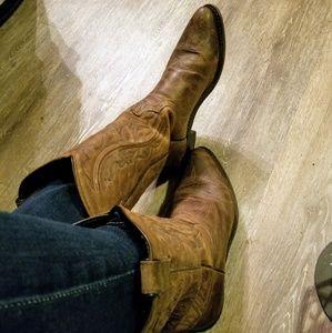 Shoes - Brown leather cowboy boots sz 9.5